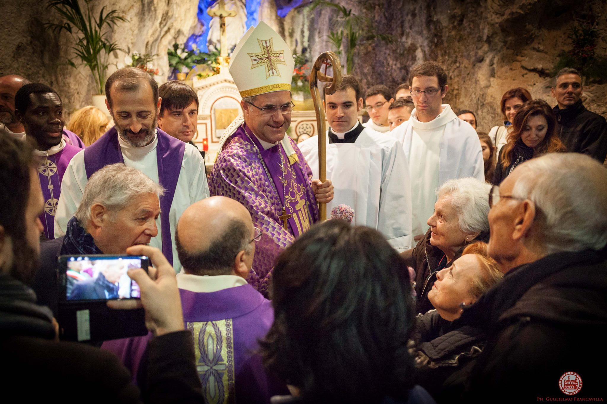 Mons. Corrado Lorefice Al Santuario In Occasione Dell'Apertura Della Porta Santa Il 20 Dicembre 2015